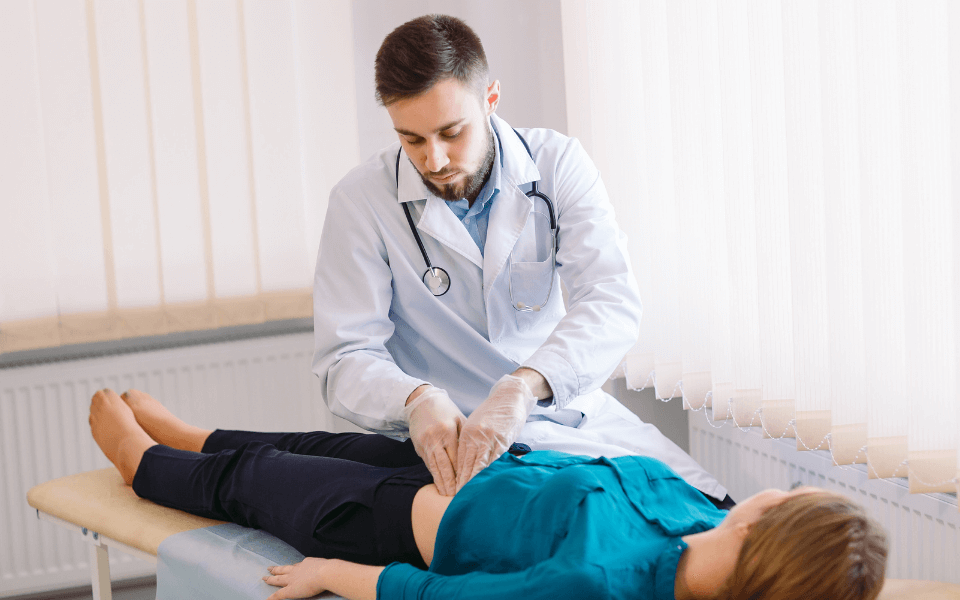 stomach pains - How to Determine When Your Stomach Pains Mean You Need a Gastroenterologist?